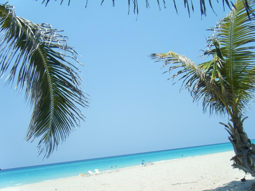 La plage de Varadero 1024x768 Varadero pour ou contre ?