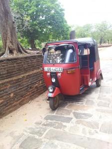 tuktuk_srilanka