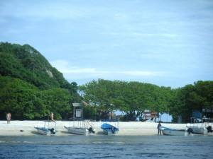 DSCF2901 300x225 Les plages de Tricomalee & Pigeon Island